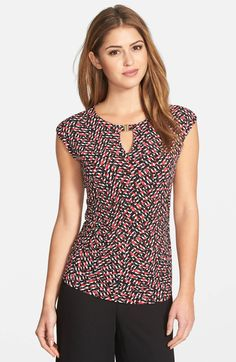 Main Image - Vince Camuto Hardware Detail Print Keyhole Neck Cap Sleeve Top (Regular & Petite)