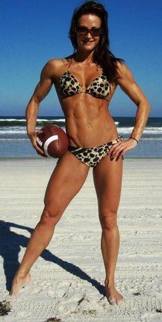 Erin Stern - my fitness inspiration! Erin Stern, Fitness Motivation, Fitness Tips, Health Fitness, Health Exercise, Fitness Inspiration, Body Inspiration, Motivation Inspiration, American Football
