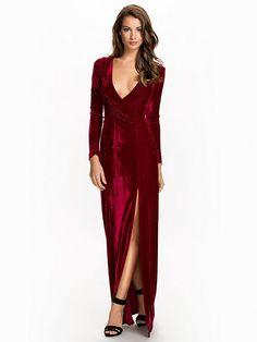 3f1f79453fcc Long Sleeve Velvet Gown - Nly Eve - Burgundy - Festklänningar - Kläder -  Kvinna -