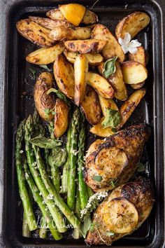 One Pan Chicken & Asparagus - - One Pan Lemon Roast Chicken and Asparagus with roasted lemon pepper potatoes. This is the one pan wonder dinner, of your busy Friday night dreams. Lemon Roasted Chicken, Baked Chicken, Butter Chicken, Chicken Lemon Asparagus, Chicken With Lemon, Potato And Asparagus Recipe, Roasted Chicken Breast, Stuffed Chicken, Boneless Chicken