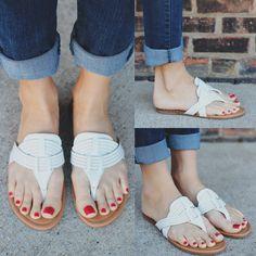 White Slip-on V-cut Woven Detail Sandal Archer-110