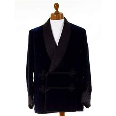Rare vintage 1960's velvet smoking jacket. Bespoke tailored, frogging, pristine condition! Traditional modern and vintage smoking jackets for men at Tweedmans Vintage.