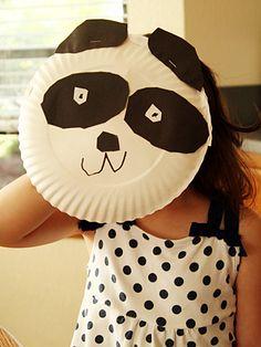 Little Panda craft Paper Plate Crafts For Kids, Animal Crafts For Kids, Toddler Crafts, Art For Kids, Children Crafts, Paper Plate Awards, Panda Craft, International Craft, China Crafts