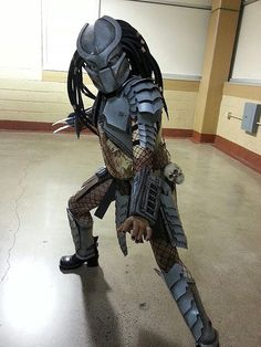 Predator Costume for my 10yr old Daughter - Con photos!