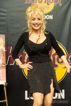 1998 Hard Rock Cafe in London Dolly Parton