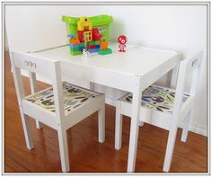 painted IKEA kids' table and chairs! Ikea Hacks, Ikea Hack Kids, Diy Kids Furniture, Simple Furniture, Furniture Projects, Diy Projects, Retro Furniture, House Projects, Painted Furniture