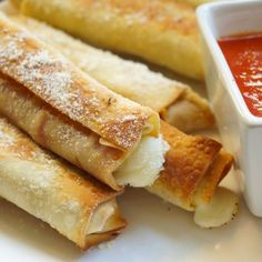 A great way to get your pizza fix without all the calories! Mozzarella and turkey pepperoni wrapped in a crispy crunchy won ton wrapper!