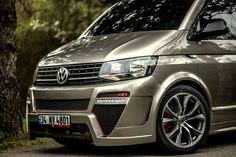 Cars Tuning Music: Volkswagen Multivan V. Vw Transporter Van, Vw T5, T5 Tuning, Volkswagen Germany, Vw Beach, Vw Caravelle, 4x4 Van, Vanz, Vw Camper