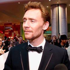 #TomHiddleston #Hiddlestongue