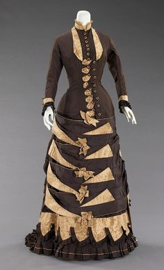 1879, Wedding Dress