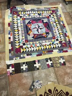 There is something about the Medallion quilt that is irresistible. I am so very close to finishing my Marcelle Medallion from Alexia's bo...