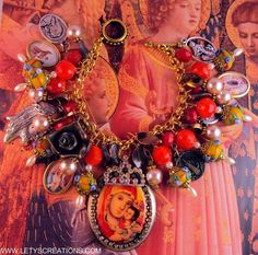 """Queen of Heaven and Earth"" Saints Catholic Virgin Mary Religious Medal Bracelet www.letyscreations.com"