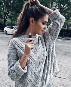 Купить Элегантный женский свитер из тонкой пряжи в интернет магазине на Ярмарке Мастеров