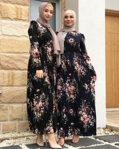 Pakistani Dress Design, Pakistani Fashion Casual, Abaya Fashion, Fashion Dresses, Women's Fashion, Islamic Fashion, Muslim Fashion, Black Bridal Dresses, Trendy Dresses