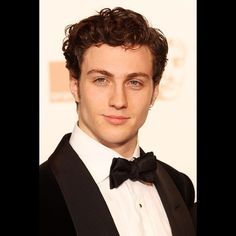 The Fault in Our Stars Movie Casting: Aaron Taylor-Johnson as Augustus Waters [PHOTOS] - Entertainment & Stars