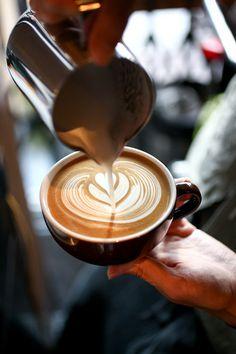 latte art Starbucks Flat White