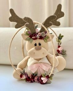 1 million+ Stunning Free Images to Use Anywhere Christmas Moose, Felt Christmas Ornaments, Christmas Sewing, Christmas Table Decorations, Christmas Fabric, Halloween Crafts For Kids, Christmas Crafts, Advent Calendars For Kids, Free To Use Images