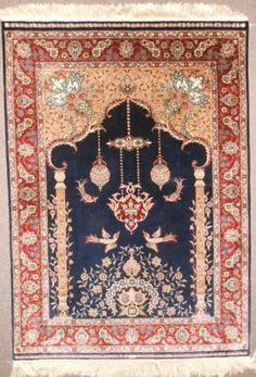 Silk Persian Directional Prayer