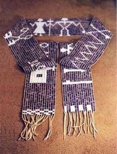 Waaban Aki Crafting ~ Wampum Jewelry and Hand Woven Wampum Native Beadwork, Native American Beadwork, Finger Weaving, Hand Weaving, Woodland Art, Woodland Indians, Native Design, Indian Crafts, Native American Artifacts