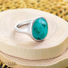 This faceted #turquoise trinket calls for some sand and sun! | #SummerFashion