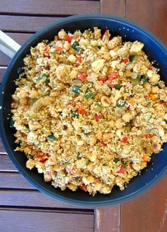 Cuscús marroquí con verduras y garbanzos - Tasty details Real Food Recipes, Snack Recipes, Yummy Food, Yummy Recipes, Middle Eastern Recipes, Fried Rice, Guacamole, Macaroni And Cheese, Veggies
