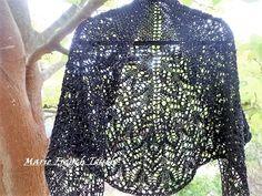 Shawlette-châle-liseuse-chauffe épaule ,crochet en coton couleur noire et sequins dorés : Echarpe, foulard, cravate par marie-french-touch