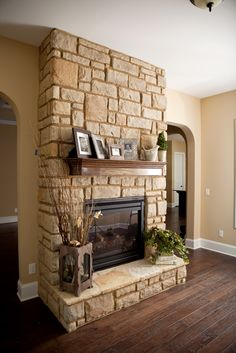 Buff Limestone Manufactured Stone Stacked Stone Fireplaces Vinyl Siding