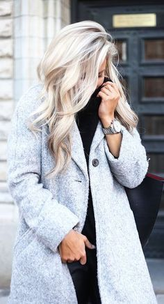That shade of blonde though... absolutely gorgeous! If I ever go back to non-ombre, this will be it!