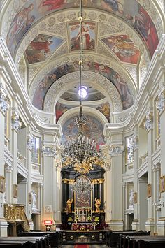 My father grew up in Krakow and possibly worshiped at this church. This picture means a lot to me ! Church of the Missionaries, Krakow, Poland ~ Stunning! Church Architecture, Beautiful Architecture, Beautiful Buildings, Beautiful Places, Beautiful Life, Interior Architecture, Old Churches, Catholic Churches, Krakow Poland