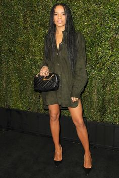 Zoe Kravitz attends the Chanel And Charles Finch Pre-Oscar Dinner at Madeo Restaurant on February 2015 in West Hollywood, California Catwoman, Zoe Kravitz Style, Zoe Isabella Kravitz, My Hairstyle, Hairstyles, Hipster, Vogue, Swagg, Girl Crushes