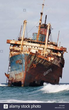Stock Photo - The wreck of SS American Star, Playa de Garcey, Fuerteventura, canary islands Abandoned Ships, Abandoned Cars, Abandoned Places, Uss America, Ghost Ship, Boat Art, Old Boats, Boat Painting, Yachts