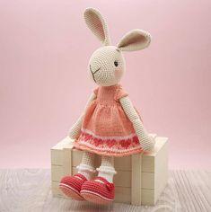 Mesmerizing Crochet an Amigurumi Rabbit Ideas. Lovely Crochet an Amigurumi Rabbit Ideas. Crochet Patterns Amigurumi, Amigurumi Doll, Crochet Dolls, Rabbit Crafts, Crochet Rabbit, Little Cotton Rabbits, Easter Crochet, Little Doll, Stuffed Animal Patterns