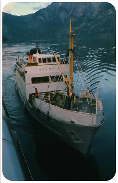 Ships Nostalgia is the forum and discussion board for all things ships and shipping, providing a friendly community, advanced discussion board, gallery and more for your use. Welsh Coast, Merchant Marine, Seafarer, Sail Boats, Boat Plans, Bergen, The World's Greatest, Sailing Ships, Coasters