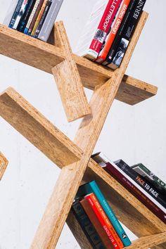 Indra Designer stehregal OSB Platten asymmertische formen