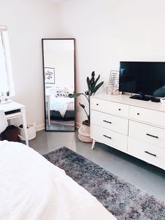 Clean aesthetic bedroom blairewilson fresh bedroom white minimal plant room makeover full length mirror area rug tv aesthetic home inspo inspiration goals style cozy lof. Dream Bedroom, Home Decor Bedroom, Dream Rooms, Bedroom With Tv, Trendy Bedroom, Diy Bedroom, Bedroom Inspo Grey, Decor Room, All White Bedroom