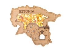 FRIDGE MAGNET FILLED WITH NATURAL BALTIC AMBER (ESTONIA) #amber #bernstein #gift #magnet #souvenir #baltic #estonia #wooden #share Bernstein, Baltic Amber, Making Out, Magnets, How To Memorize Things, Shots, Natural, Creative, Souvenir