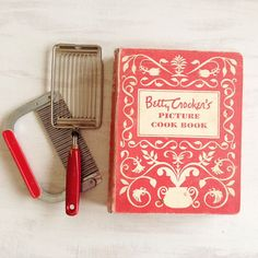 Vintage Edition of Betty Crocker's Picture Cookbook by BessieRuths, $10.00
