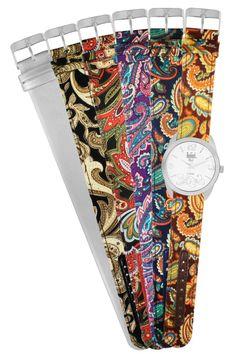 #FicaDica Com pulseiras em tecido no estilo cashmere, esta coleção traz toda a atmosfera de mistério do Oriente em 5 diferentes composições de tons para combinar com a moda e o clima do verão.