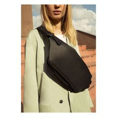 Sling Backpack, Leather Backpack, Cowhide Leather, Messenger Bag, How To Look Better, Backpacks, Unisex, Lady, Design