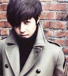 Kim Hyun-joong (김현중) - Picture @ HanCinema :: The Korean Movie and Drama Database Korean Male Actors, Korean Actresses, Asian Actors, Kim Hyung, Baek Seung Jo, Kim Joong Hyun, Playful Kiss, Big Crush, Asian Celebrities