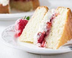 Victoria sponge cake aux fraises minceur pour régime chrononutrition : http://www.fourchette-et-bikini.fr/recettes/recettes-minceur/victoria-sponge-cake-aux-fraises-minceur-pour-regime-chrononutrition.html