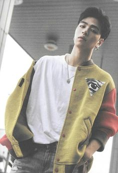 Chanwoo Ikon, Kim Hanbin, Pop Bands, Ikon Instagram, K Pop, Ikon News, Yg Artist, Ikon Member, People