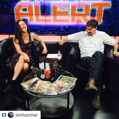 #Repost @kimhorcher  Rock ALWAYS crushes not paying attention Roshambo time with @agamotto_strange on #NerdAlert!