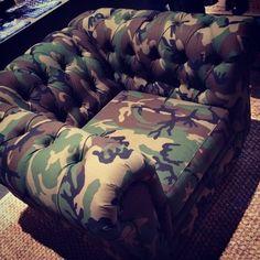 Charmant Chesterfield X Camo Sofa!