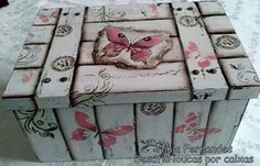 Wish there were how to instructions on this. Rice Paper Decoupage, Decoupage Box, Decoupage Vintage, Lace Painting, Painting On Wood, Painted Boxes, Hand Painted, Pintura Country, Country Paintings