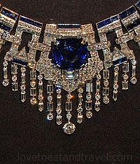 Exquisite diamond and sapphire necklace from Marjorie Merriweather Post, - Exqui . - Exquisite diamond and sapphire necklace by Marjorie Merriweather Post, – Exquisite diamond and sa - Cartier Jewelry, Gems Jewelry, I Love Jewelry, Antique Jewelry, Vintage Jewelry, Jewelry Accessories, Fine Jewelry, Jewelry Necklaces, Jewelry Design