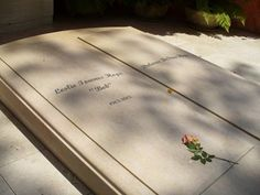 Bob Hope (1903-2003) - Mission San Fernando Rey de Espana Cemetery (Mission Hills, California)