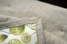 Cicada Daydream: Simple Tied Quilt Tutorial
