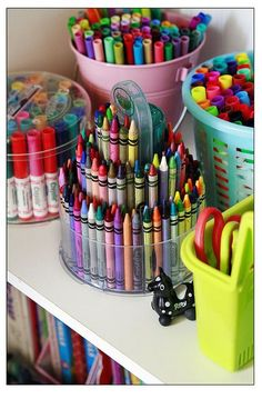 Organization S - Use our RiceSelect jars to hold your child's crayons, markers and other pencils! - or in the case of me, an adult - especially the crayons that I have been using for melted wax art! Kids Room Organization, Organization Hacks, Kids Craft Storage, Storage Ideas, Craft Robo, Wax Art, Ideas Para Organizar, Art For Kids, Arts And Crafts