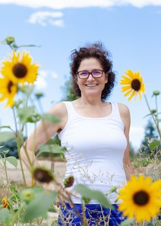 Twelve years ago, I founded Two Moms in the Raw after being diagnosed with Multiple Sclerosis. I relied on food to heal. As I learned about nutrition, I realized how desperately the body wants balance and wellbeing. During the past few years, I learned that I, as well as most other Americans, never received the fats their bodies require for healthy growth, energy, hormone balance, nerve and organ protection, brain and metabolic health...... Brain Boosting Foods, Brain Fog, Hormone Balancing, High Cholesterol, Multiple Sclerosis, Metabolism, Fat Burning, Bodies, The Past